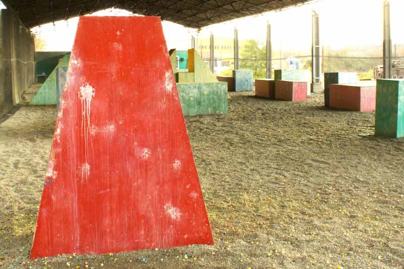 Paintball Indoor: Blick auf das Speedball - Indoorfeld - Teil 3