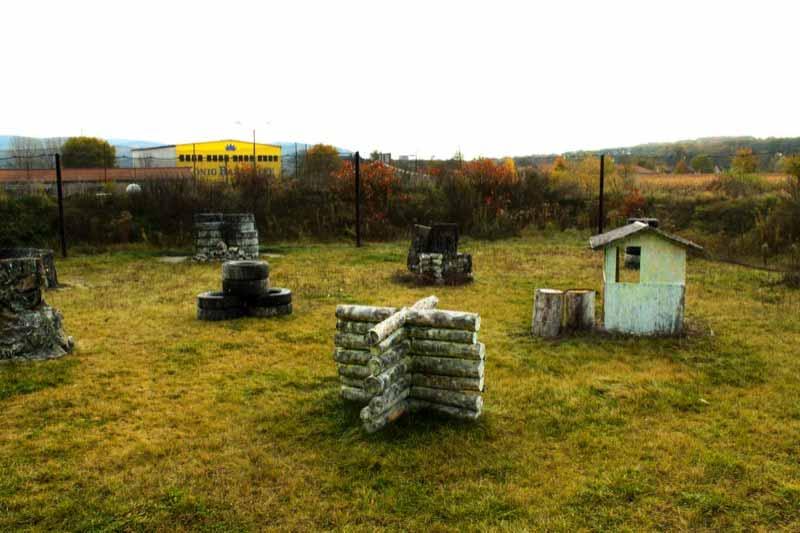 Paintball Outdoor: Blick auf das Szenario - Outdoorfeld - Teil 4
